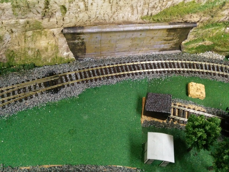 1406-049 Model Railway - Track Alterations