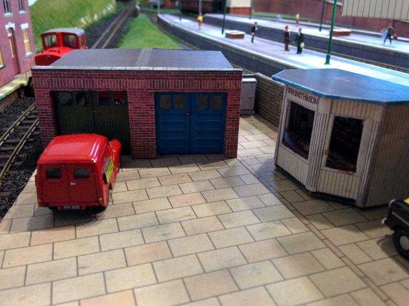 Garage & Kiosk