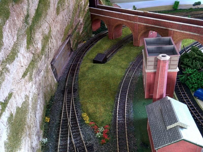 Viaduct Grass 2